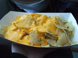 640px-Flickr_jennerosity_3399911471--Nachos