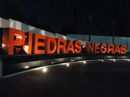 640px-Piedras_Negras_Sign