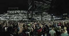 Bray_Wyatt_entrance_at_WrestleMania_33_(32977442834)