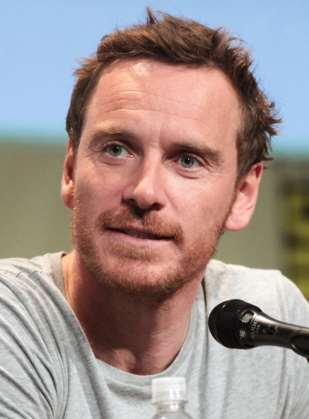 Michael_Fassbender_by_Gage_Skidmore_2015