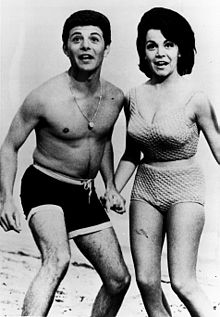 Beach_Party_Annette_Funicello_Frankie_Avalon_Mid-1960s