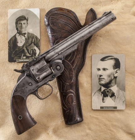 outdoorhub-4-revolvers-famous-outlaws-lawmen-old-west-2015-04-17_20-09-23-577x600