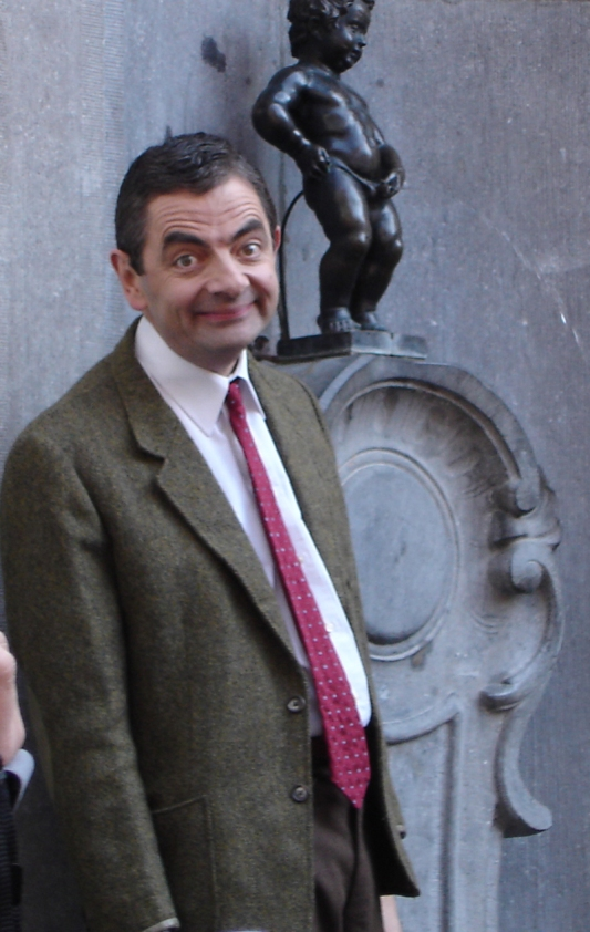 Rowan_Atkinson_and_Manneken_Pis