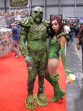 360px-NYCC_2014_-_Swamp_Thing_&_Poison_Ivy_(15488238596)