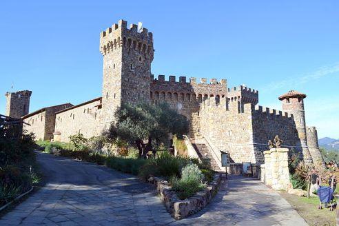 640px-Castello_di_Amorosa_3