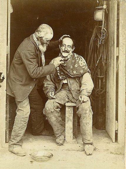 Archivo_General_de_la_Nación_Argentina_1890_aprox_barbero_rural