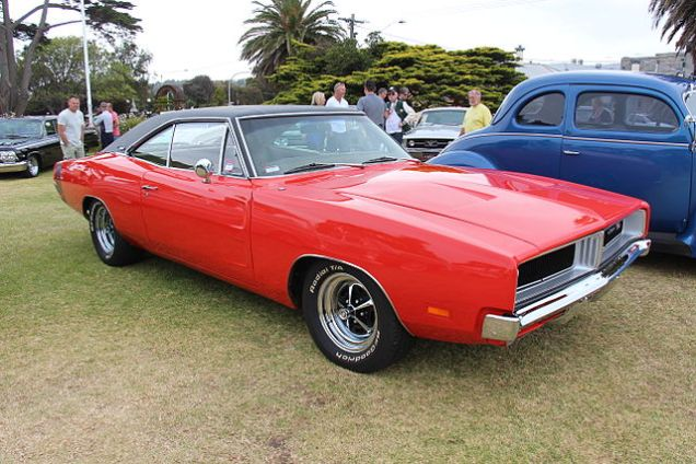 640px-1969_Dodge_Charger_RT_(16237119975)