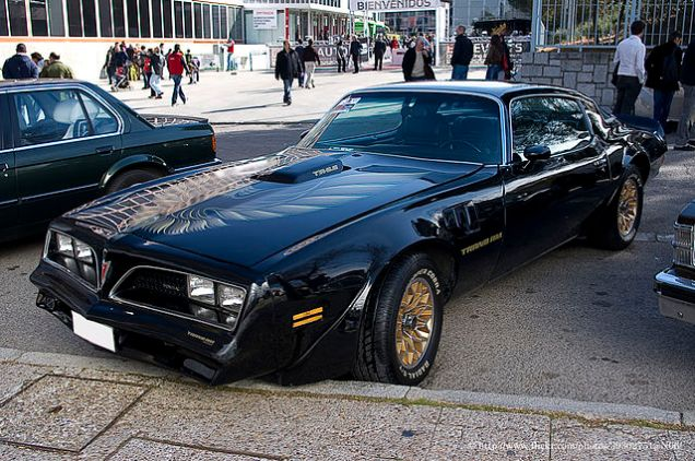 640px-1978_Pontiac_Firebird_Trans_Am_(6807346678)