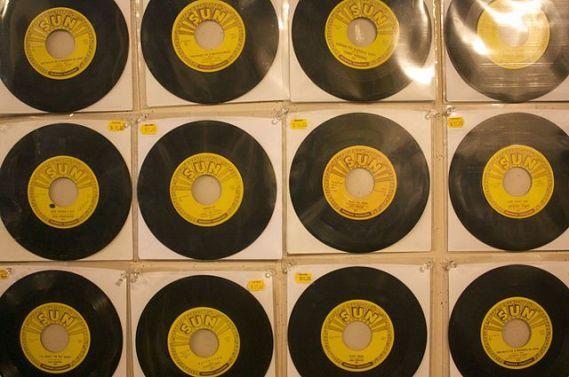 640px-sun_records_45s
